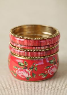 Crimson Rose Bangle Set $15.......would look great with a summer dress
