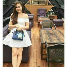 @Regrann from @bajumurah.co -  @Regrann from @supplierbaju.co -  @Regrann from @misss_nathalie_shopp -  Ready stock ! 👗👘👚 #Sabrina_dress_fleur 💱@120.000 🎨Available stock: White. Black. 👗Material: Wedges import 📏Bust up to 80-90cm 📐Lenght 78cm 👘Fit M-L standard 👚Baju asli import Bangkok bukan  bahan murahan. 👍Hight Quality !  By Order: 📲BBM: 5D23C65E 📳Line: missy_nathalie 📱WA: 08179204288 💌Inbox FB Missy Nathalie  Format order: 👗Kirim foto beserta kode dan warna baju ( WAJIB…