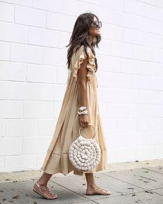 Spring Fashion Tips .Spring Fashion Tips Mode Outfits, Fashion Outfits, Womens Fashion, Fashion Trends, Fashion Hacks, Fashion Ideas, Photoshoot Fashion, Fashion Quotes, Petite Fashion