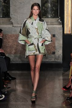 Like Prada earlier this week Emilio Pucci also showed us a very Asian inspired brilliant collection. Source: wireimage.com
