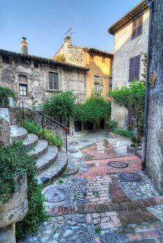 Haute de Cagnes ~ France