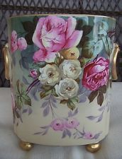 Antique Vase/Cachepot Made And Decorated By The Wm. Factory In Limoges, France - Marks Date Piece Between 1890 And 1932 Antique Paint, Antique Roses, Rare Antique, Porcelain Ceramics, Painted Porcelain, Ceramic Art, Kitchen Ornaments, Big Vases, Limoges China