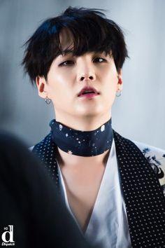 DISPATCH поделился фото BTS со съёмок клипа «Blood Sweat Tears» — YESASIA