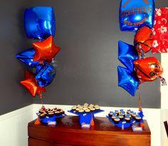 Graduation Cupcake Display  www.sweetycakes.org