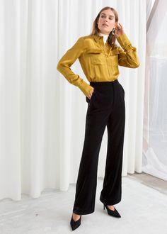 c8bbcae6781 Model front image of Stories in black Velvet Pants
