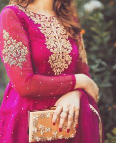Pakistani Wedding Outfits, Wedding Dresses For Girls, Bridal Outfits, Simple Pakistani Dresses, Pakistani Dress Design, Designer Party Wear Dresses, Indian Designer Outfits, Shadi Dresses, Dress Indian Style