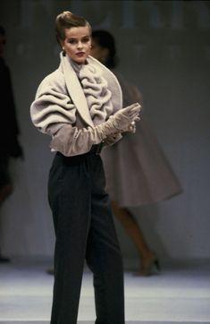 Gianfranco Ferré Couture F/W 1988 (Jacket)