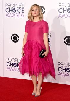 kristen bell in monique lhullier (and christian louboutin) at the 2015 people's choice awards. #peopleschoice