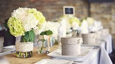 Image from http://weddingstyle.co/wp-content/uploads/2015/03/floral-centerpieces-for-bridal-shower.jpg.