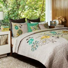 Address Home Bohemia Handcrafted Heirloom Full Queen Quilt Floral Embroidery Address Home,http://www.amazon.com/dp/B00DH6ZXPG/ref=cm_sw_r_pi_dp_Amybtb0ZKBBY23YS