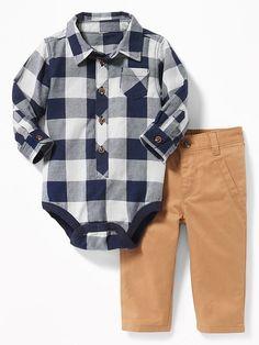Ensemble à carreaux et pantalon uni pour bébé