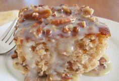 Pecan Praline Cake Pecan Praline Cake, Butter Pecan Cake, Pecan Pralines, Butterscotch Cake, Caramel Icing, Southern Praline Pecan Cake Recipe, Caramel Corn, Pecan Pies, Apple Pies