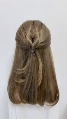 Braided Hairstyles videos tutorial for Long Hair - Braided Hairstyles videos tutorial for Long Hair hair tutorial video Easy Hairstyles For Long Hair, Elegant Hairstyles, Diy Hairstyles, Straight Hairstyles, Hairstyles Videos, Popular Hairstyles, Office Hairstyles, Easy Hairstyles Tutorials, Half Braided Hairstyles