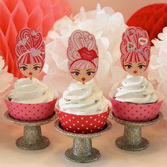 Cute glittery cupcake stands!