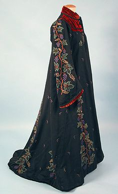 * Tambour Embroidered Wool Robe 1890s