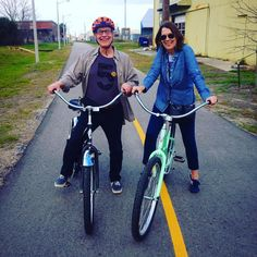 Our new Massachusetts friends Robert and Deborah are all set to enjoy their off-season home in the Marigny cruising the Lafitte Greenway on their new Electra cruisers just in time for Mardis Gras!  #BayouBicycles #midcity #bayoustjohn. #neworleans #nola #lafittegreenway #electra #frenchquarter #louisiana #usa #mardisgras #tourism #adventure #localbikeshop #bikes #bikelife #fitness #fun #southernspin by bayoubicycles