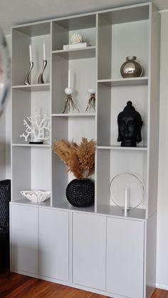 Office Interior Design, Office Interiors, Interior Design Living Room, Bookcase Styling, Built In Bookcase, Rental Decorating, Interior Decorating, Ikea Eket, Billy Ikea