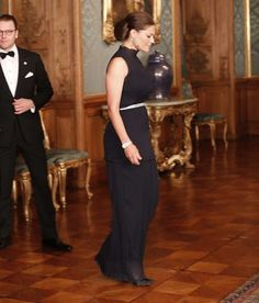 Swedish Crown Princess Victoria attends the Sweden Dinner at the Royal Palace in Stockholm September Princess Victoria Of Sweden, Crown Princess Victoria, Princess Sofia, Queen Victoria, Style Royal, Royal Look, Stockholm, Victoria 2016, Princesa Victoria