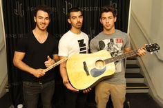 Jonas Brothers Signed Guitar, Drumsticks Signed by Nick Jonas from ...