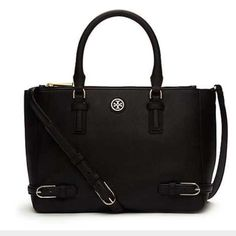 """NWT Tory Burch Robinson Brand new with tags attached authentic black Tory Burch small Robinson Multi Tote. Comes with adjustable strap and dust bag. Holds a phone, a cosmetic case and a 10"""" tablet. Original price: $495  H7.97"""" X L10.76"""" X D5.18""""  Cheaper on Merc! *****NO TRADES****** Tory Burch Bags Totes"""