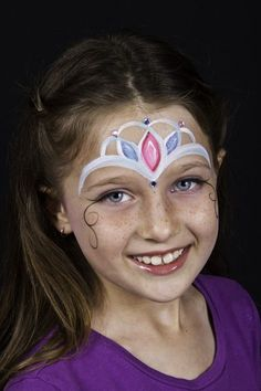 Awesome Face Painting Ideas For Kids Crown Pearl Princess Face Painting. Princess Face Painting, Girl Face Painting, Painting For Kids, Body Painting, Easy Face Painting, Face Paintings, Face Painting Tutorials, Face Painting Designs, The Face