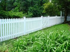 White Colonial Picket Fence