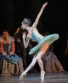 """Olivia Cowley, """"Fairy of the Crystal Fountain"""" / © Dave Morgan/ROH"""