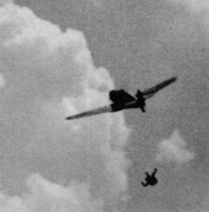 """""""Second World War gun camera footage: """"the pilot of this Bf-109 has bailed out even though his plane seems relatively intact.."""" (via)"""