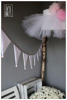 garland & tutu lamp | girlanda i lampa tutu