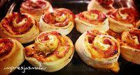 IMPRESJA smaku...: Bułeczki pizza (ślimaczki)