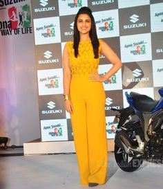 acd7bd0a1976 Jumpsuits with Desi Twist  Parineeti Chopra swipes the entire credit to  make it a hot