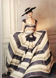Google Image Result for http://www.operagloves.com/Fashion/Dior/dior-organdie1948.jpg