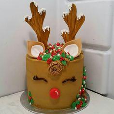 Christmas Sprinkles, Christmas Sweets, Christmas Desserts, Christmas Baking, Christmas Cookies, Christmas Birthday Cake, 2 Birthday Cake, Christmas Cake Designs, Christmas Cake Decorations