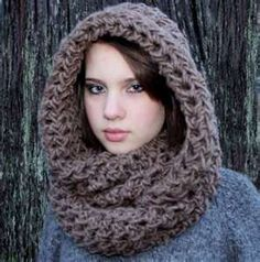 brown crochet cowl... love that look with a white coat or dress coat