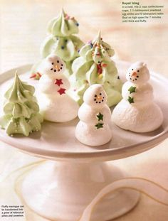 Inspiration for making your own shaped and stacked edible decorations. Xmas Food, Christmas Sweets, Christmas Cooking, Noel Christmas, Christmas Goodies, Christmas Candy, Holiday Baking, Christmas Desserts, Holiday Treats