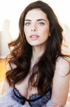 JASMINE ALLEVA   - Models_card_right_img_9428-2
