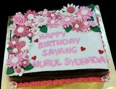 Pink&White Flowers #sweetcreation20 #chocolatemoist #flowers #birthday