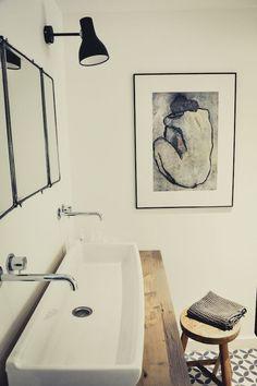 De jolies salles de bain pour se sentir bien… Qu'elles soient grandes ou petites, il n'est pas si simple d'aménager une salle de bain. Cette pièce de bien être absolu… Read More →