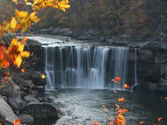 Cumberland Falls State Park, a Kentucky State Park located nearby Corbin, London and Somerset