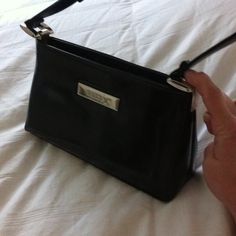 Vintage Gucci Patent Leather Purse Head Turner!! Silver hardware. No inside markings but is on the hardware! Def keeper!! Price reflects authenticity. Gucci Bags