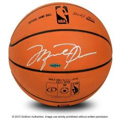 MICHAEL JORDAN CHICAGO BULLS SILVER AUTOGRAPHED OFFICIAL LEATHER BASKETBALL *UDA