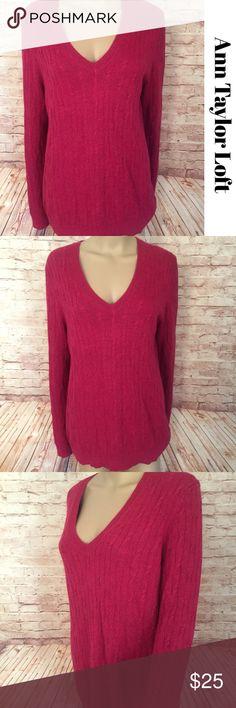 "• Ann Taylor Loft • Cranberry Pink Cable Sweater • Ann Taylor Loft • Cranberry Pink Cable Knit V Neck Sweater Long Sleeve Top. Bust: 22"" Length: 29"" Size: XL    Sku: SC-36 LOFT Sweaters V-Necks"