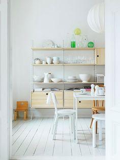 Nils Strinning, adjustable shelves