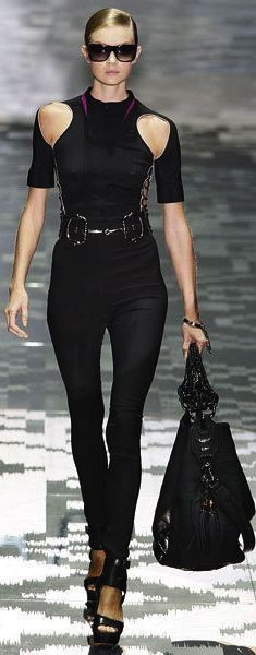 great all-black style - very cool
