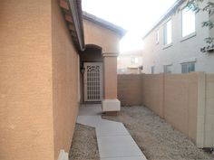 38169 N Rusty Lane, San Tan Valley AZ 85140 - Photo 2