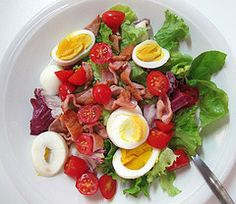 LCHF Lunch  4gms carbohydrate (mainly lettuce, cherry tomatoes,   49.58gms fat (Mainly boiled egg, bacon, olive oil)  15.12gms protein (Mainly boiled egg bacon)