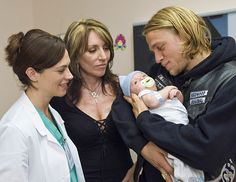 Sons of Anarchy, SAMCRO, SOA, bikers, brothers, family, great tv, Tara, Gemma and Jax, photo