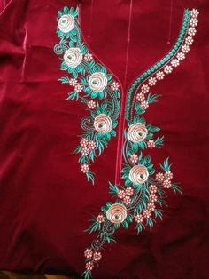 Best 12 Trhbbgvvh – Page 499618152410373379 Herb Embroidery, Embroidery On Kurtis, Kurti Embroidery Design, Hand Embroidery Dress, Embroidery Neck Designs, Embroidery Works, Embroidery Fabric, Machine Embroidery Patterns, Indian Embroidery