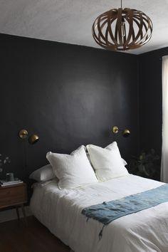 Black + white | Benjamin Moore's Universal Black