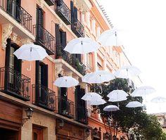 (via ASÍ COMENZÓ DECORACCION 2011 - DecorAccion 2011 - La decoración sale a la calle - Revista de decoracion Nuevo Estilo)